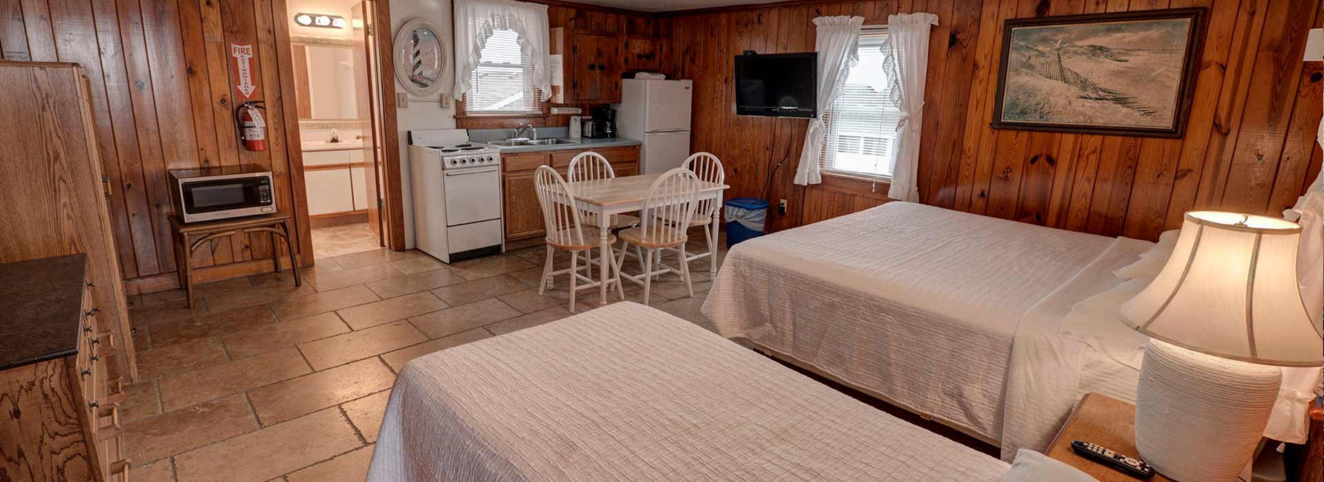 Beach Rooms & Cottages